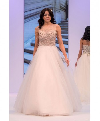 Catwalk - Bridal Gown Finiks London