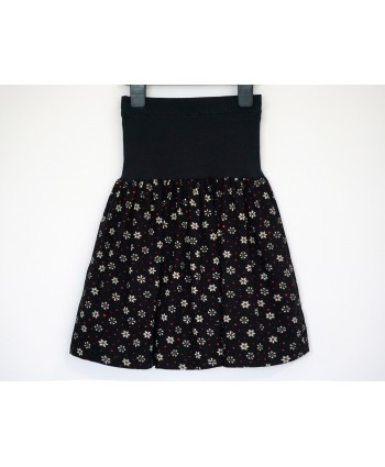 Cotton corduroy skirt 6-8 years black white red snowflakes