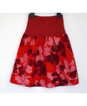 Girls cotton skirt, 3-4 years old, elasticated waist band, red, white, black Floral, Christmas Gift