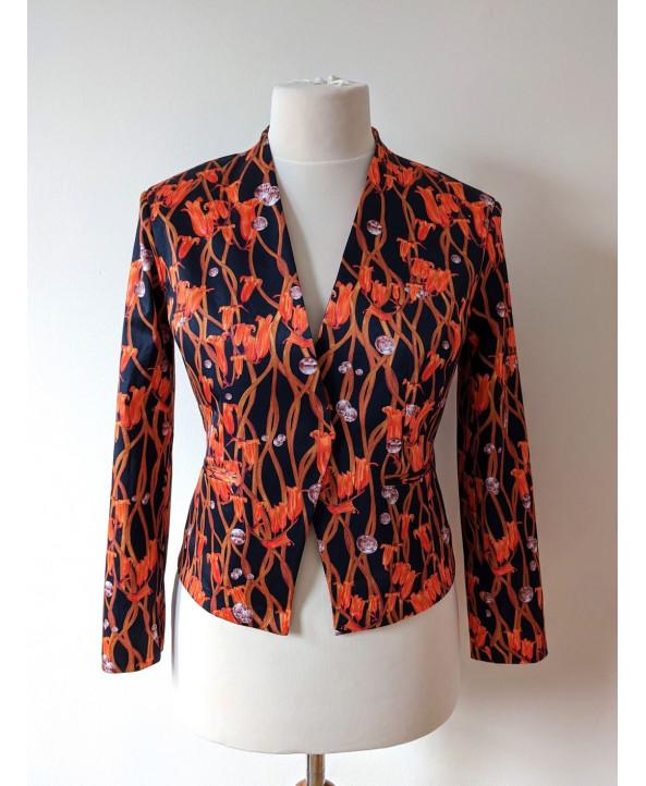 Luxury tailored elegant jacket / blazer size 14 UK